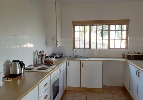 self catering full kitchen accommodation hillcrest alverston