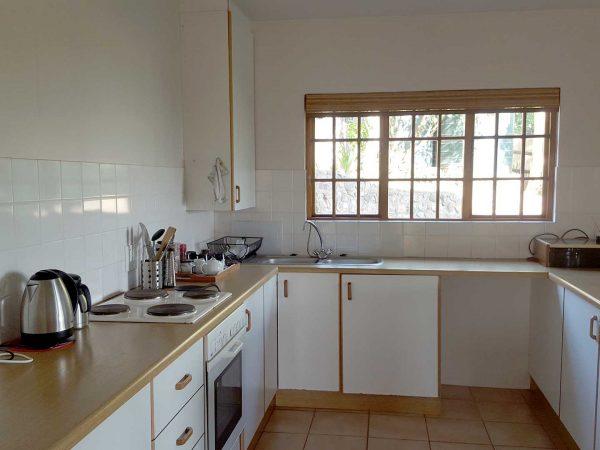 self catering full kitchen accommodation hillcrest alverston